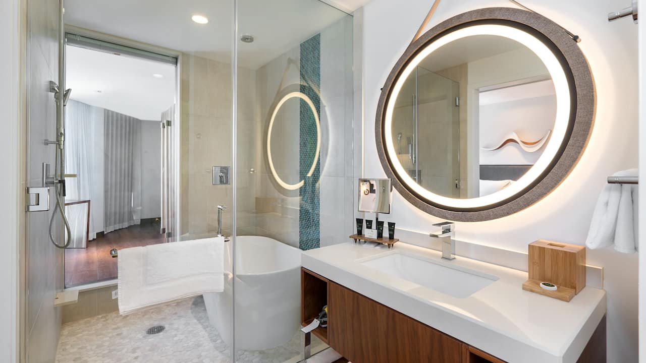 Guest Bathroom Hyatt Centric Waikiki Beach