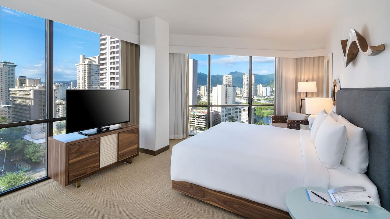 High Floor Room with King Bed Hyatt Centric Waikiki Beach