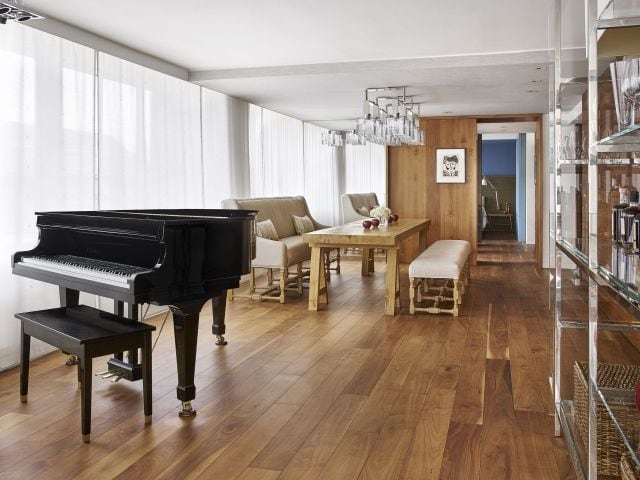 Presidential Suite Piano