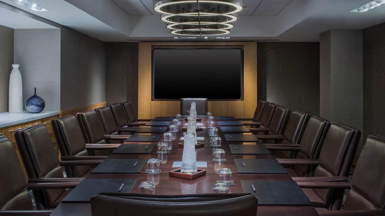 Royale Boardroom