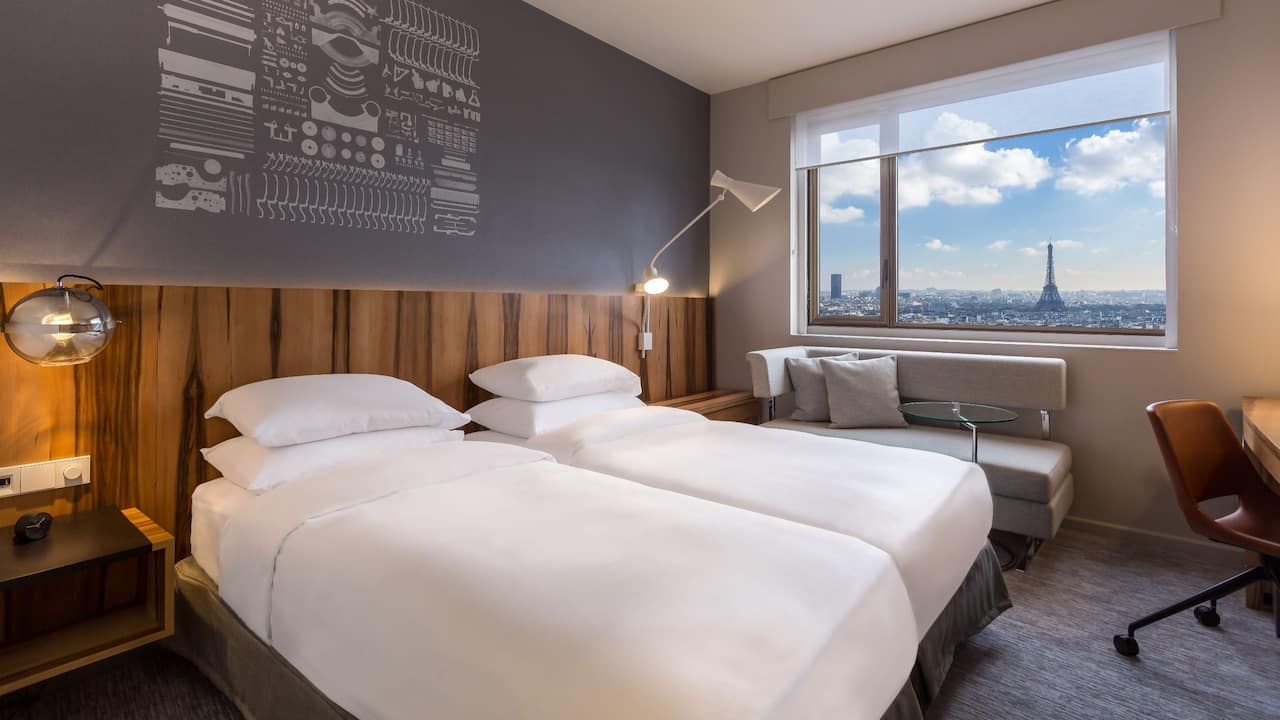 Hyatt-Regency-Paris-Etoile-Twin-Room