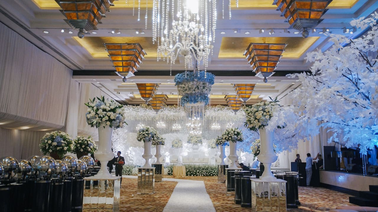 Luxury Wedding Venues and Locations (Ballroom The Grand Hyatt, Jakarta)
