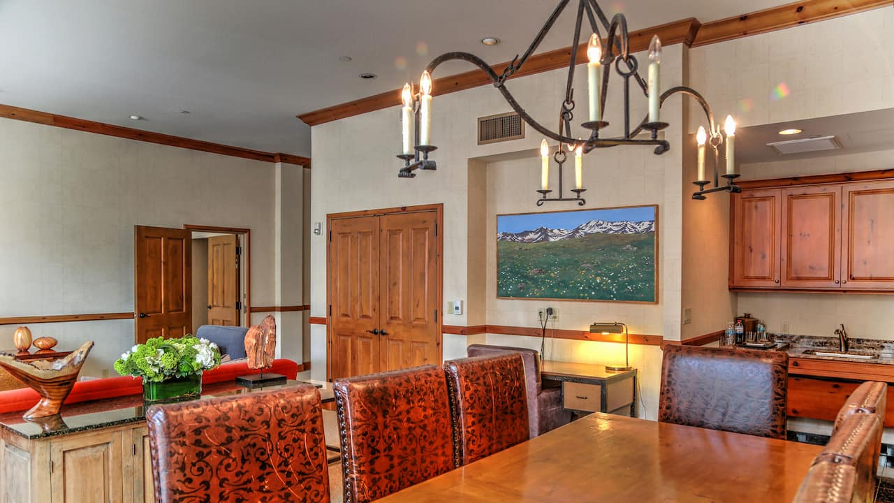 Mount Powell Suite