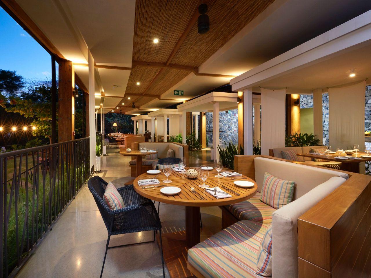 Andaz Ostra Restaurant