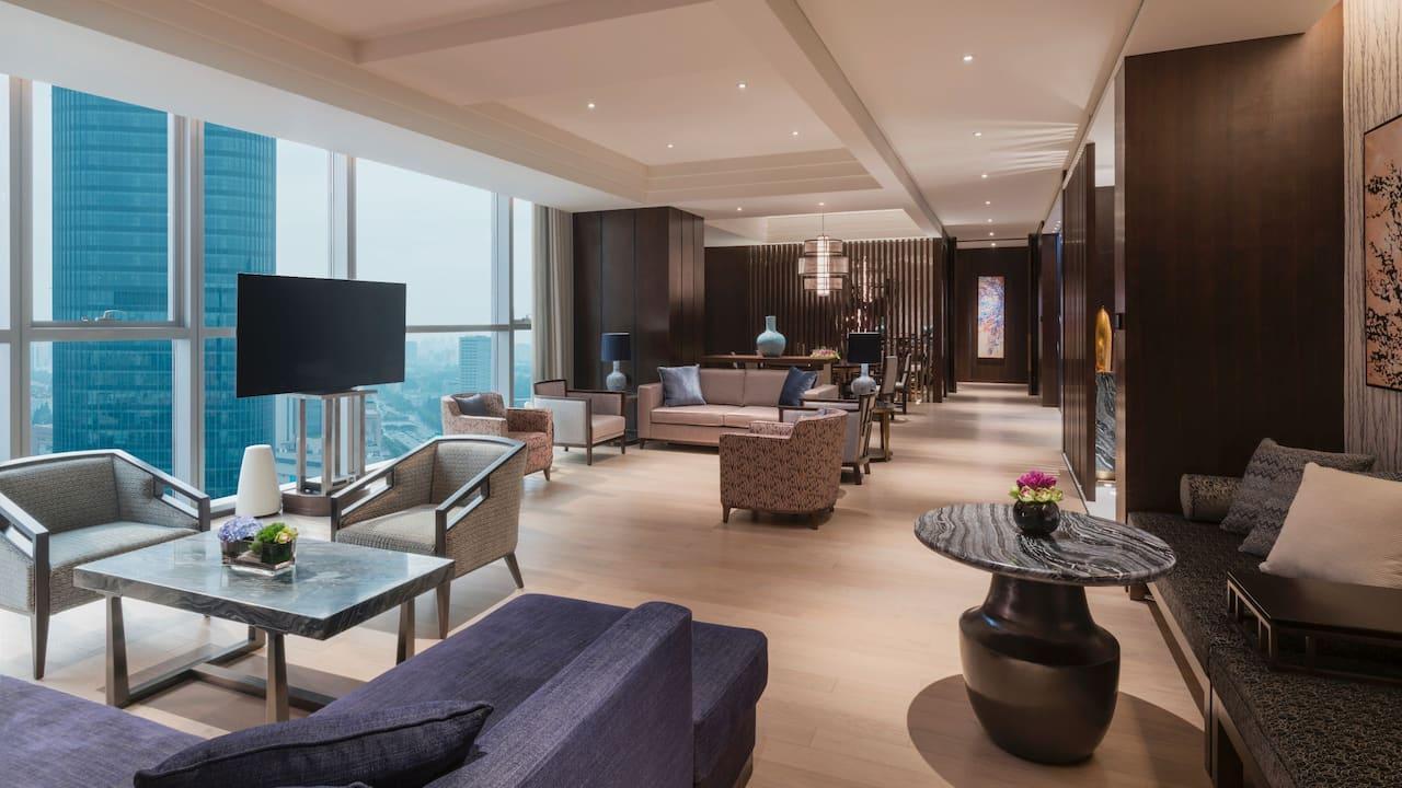 Regency Chairman Suite Living Room