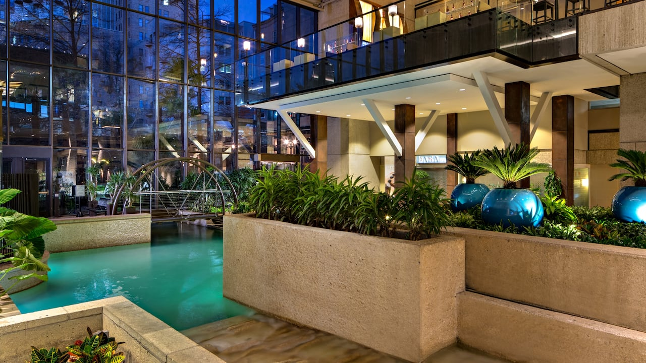 San Antonio Hotel with Rooftop Pool | Hyatt Regency San ... on san antonio restaurant map, san antonio downtown hotels map, phoenix convention center hotels map, city of san antonio map, houston hotels map, san antonio drury plaza hotel, san antonio medical center map, san antonio river map, san antonio parking map, grand hyatt san antonio map, corpus christi hotels map, alamo san antonio map, san antonio airport map, san antonio visitors map, colorado hotels map, port aransas hotels map, alamodome san antonio map, san antonio tx at night, san antonio riverwalk extension map, san antonio bay aerial map,