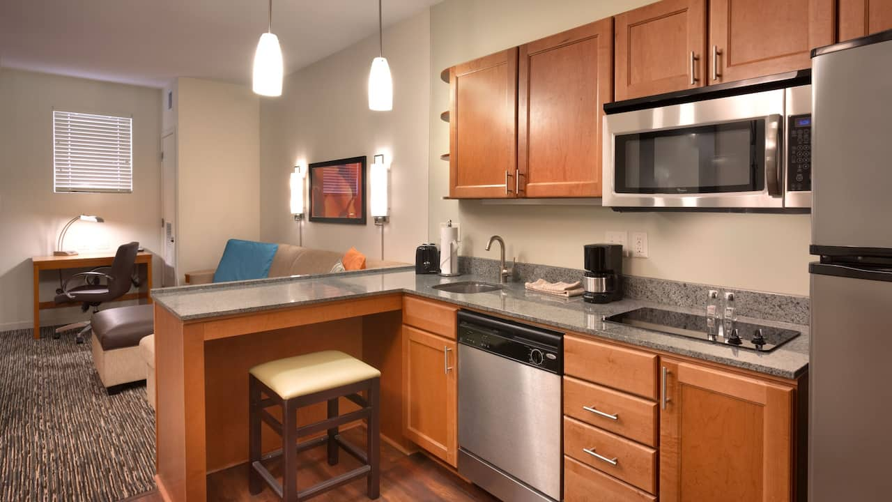 Sandy, UT Hotel Suites with Fully-equipped Kitchens – Hyatt House Salt Lake City/Sandy