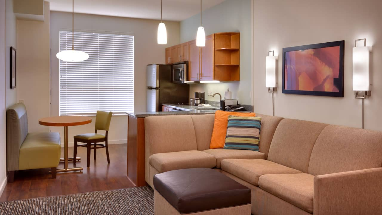 Spacious One Bedroom Suite in Sandy, UT – Hyatt House Hotel Salt Lake City/Sandy