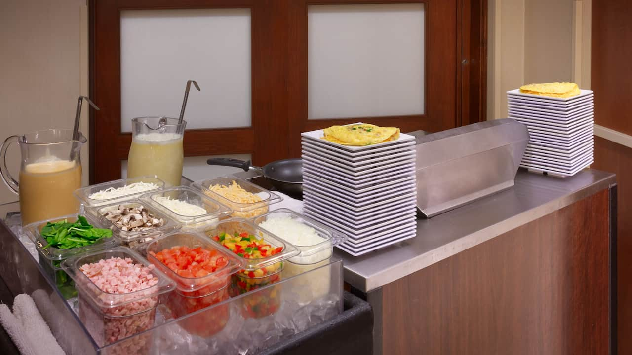 Sandy, UT Hotel with Omelet Bar – Hyatt House Salt Lake City/Sandy
