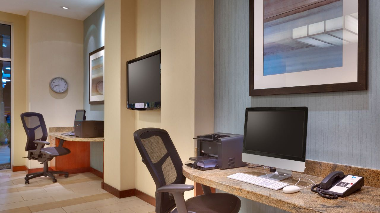 Hyatt House Business Center