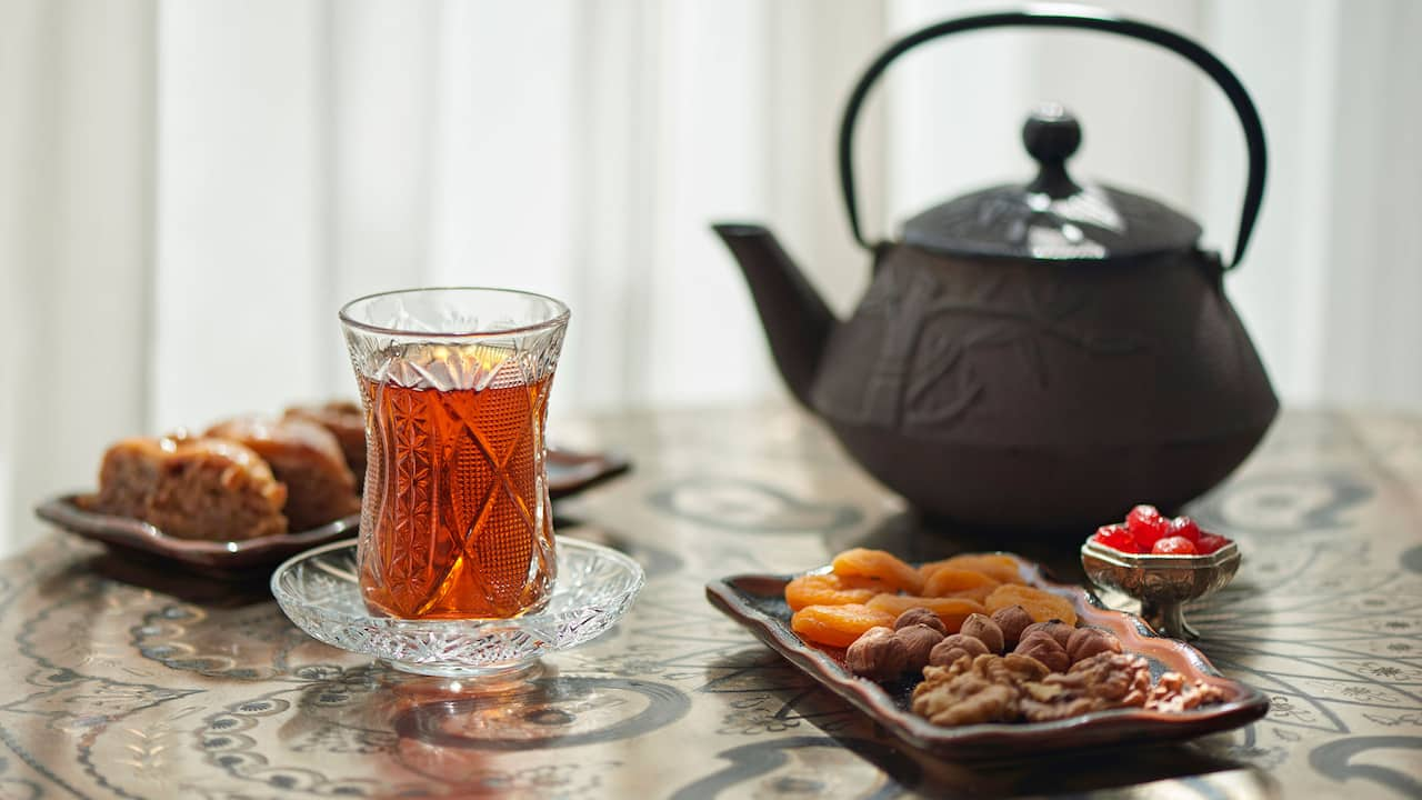 Azeri Tea