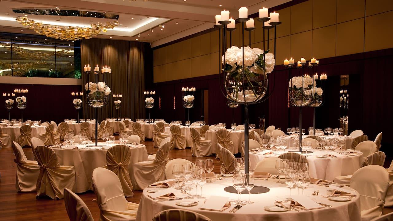 Ballroom Escherwiese Wedding