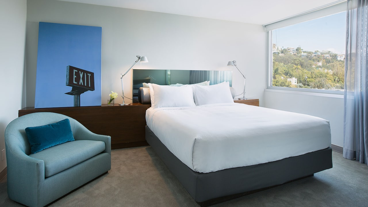 ANDAZ WEST HOLLYWOOD (ANDAZ) | ADA King Bedroom