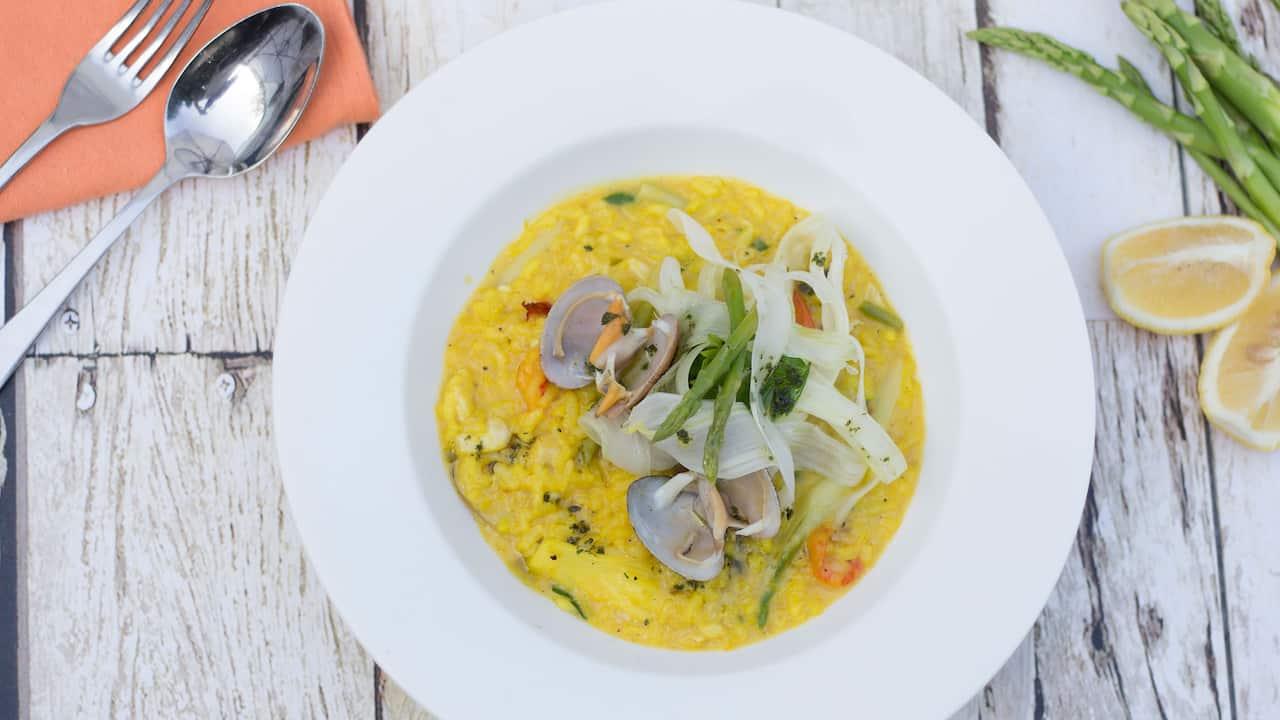 Salsa Verde Italian Restaurant Menu (Saffron Seafood Risotto)