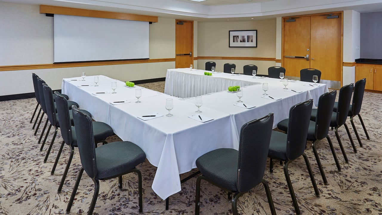 Hyatt Regency Toronto Classroom Meeting Space