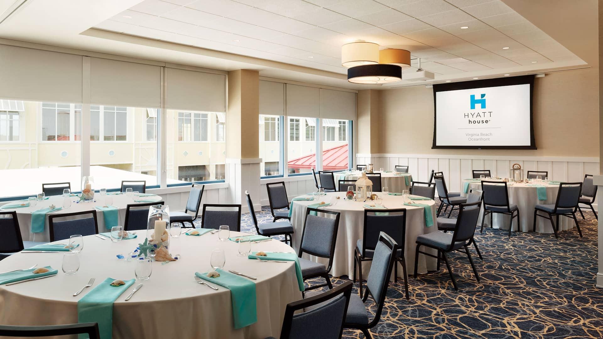 Banquet Event Tables Hyatt House Virginia Beach / Oceanfront