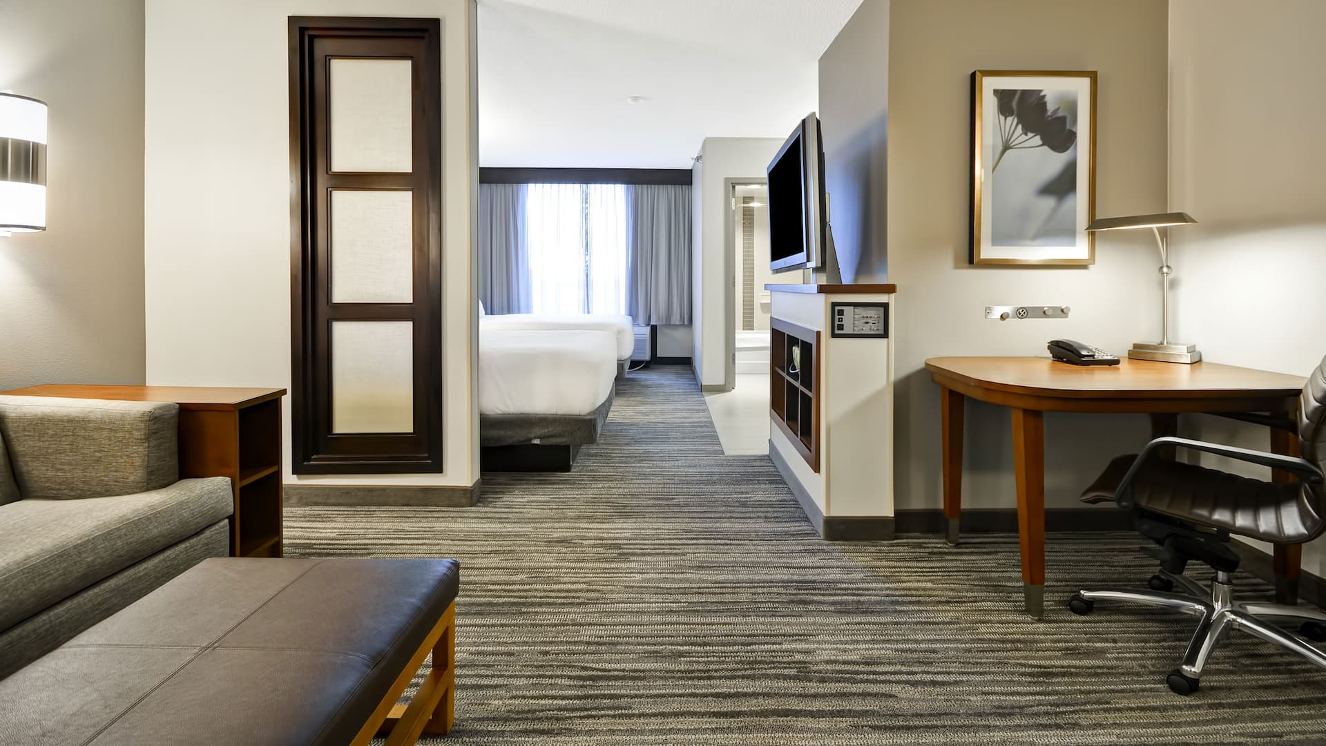 Hyatt Place Kansas City / Overland Park / Metcalf King Room