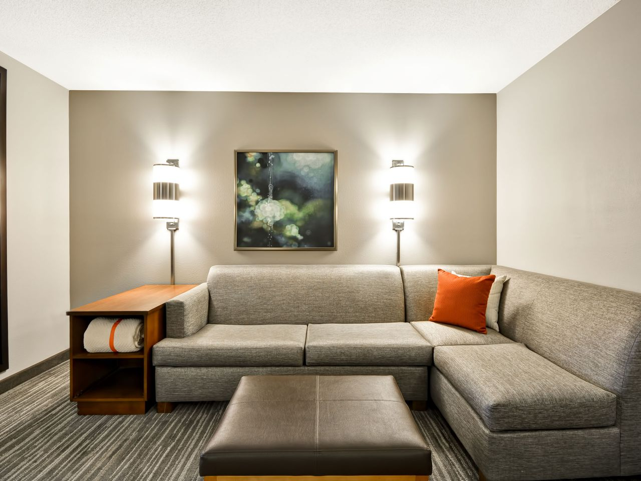 Beau Enjoy Spacious And Comfortable Rooms At Hyatt.