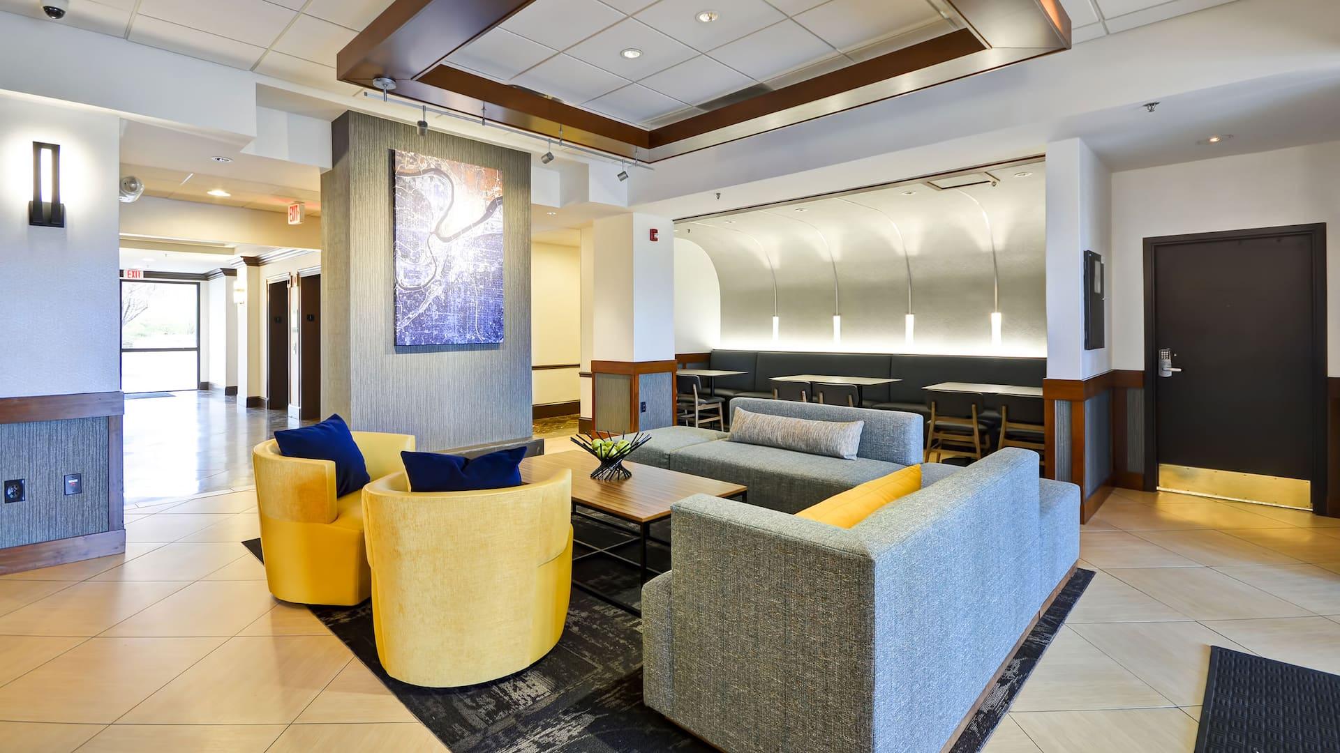 Hyatt Place Kansas City / Overland Park / Metcalf Hotel Lobby Seating & Waiting Area