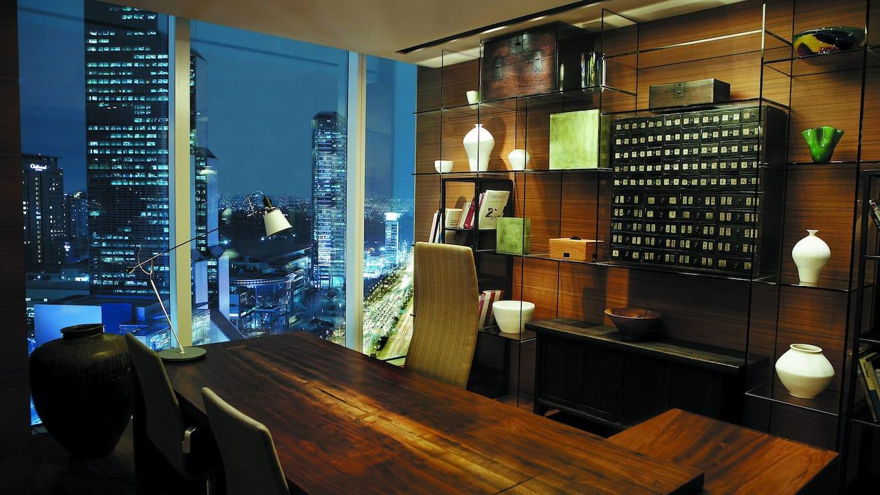 Deluxe Room at Park Hyatt Seoul