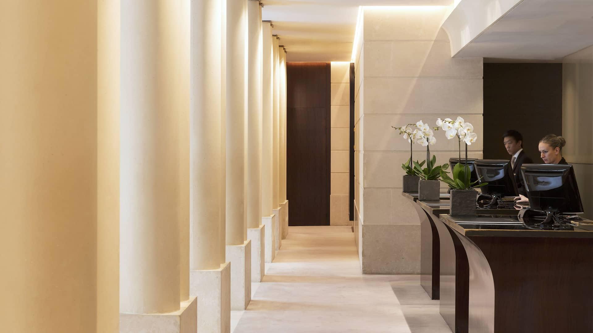 Lobby Hôtel Park Hyatt Paris-Vendôme in central Paris