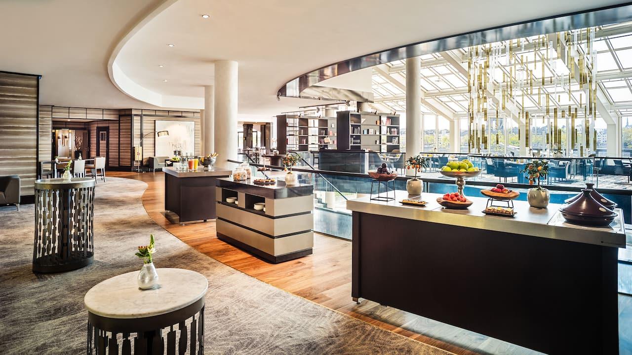 Foyer for receptions and coffee breaks Hyatt Regency Cologne