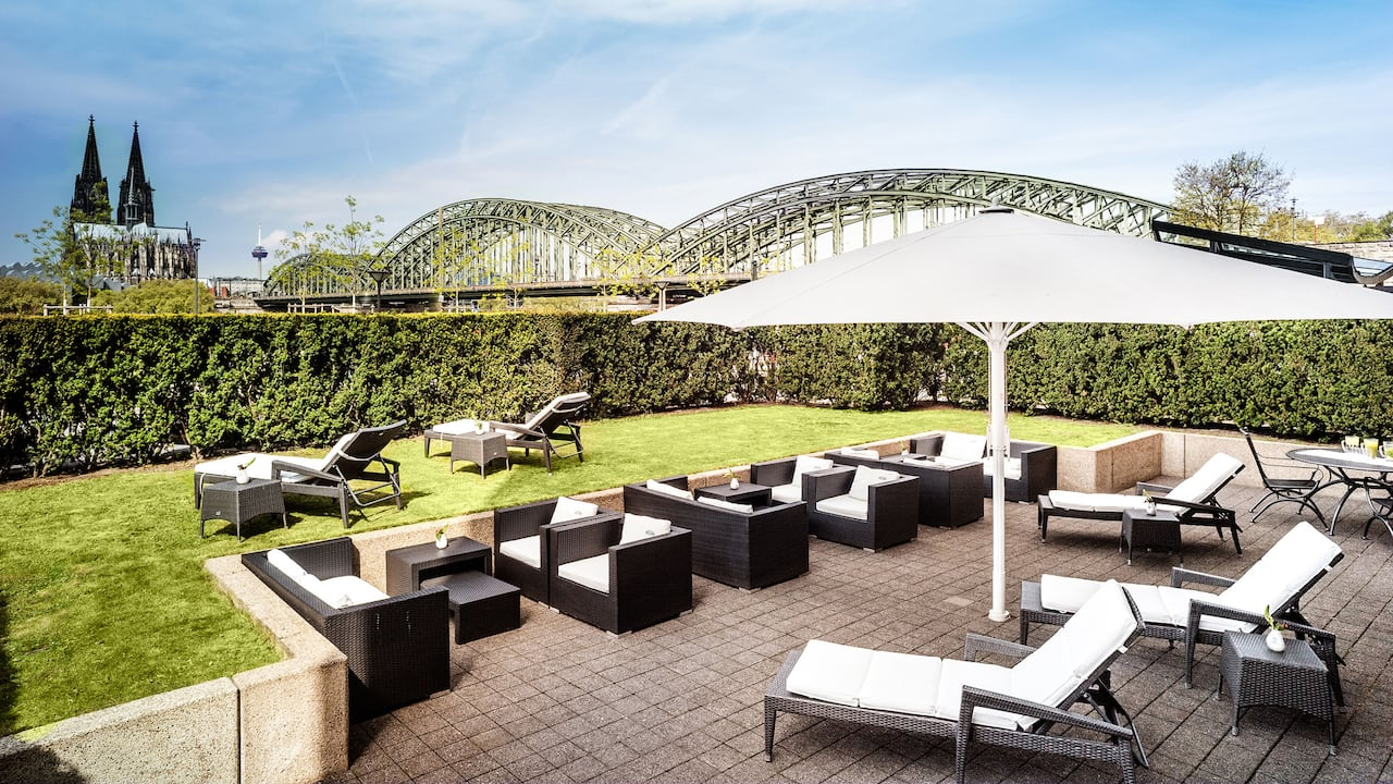 Green oasis in the middle of the city Hyatt Regency Cologne