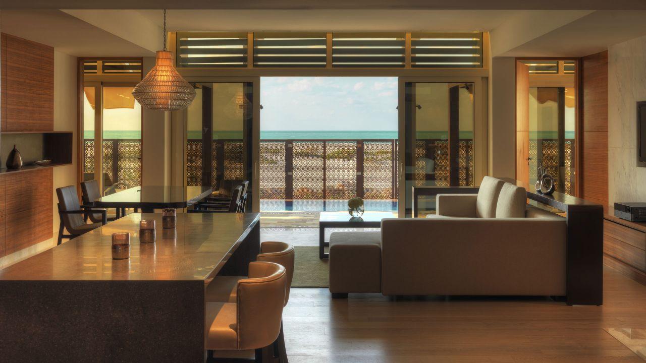 Executive Villa Dining Area