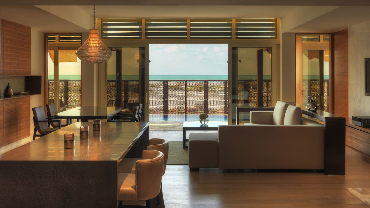 Executive Villa Dining Area