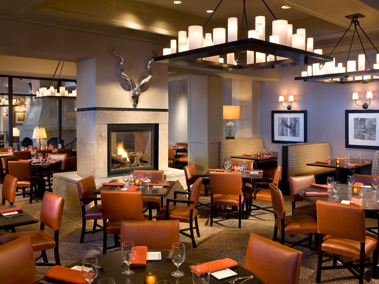 8100 Mountainside Bar & Grill Open Kitchen Grill Park Hyatt Beaver Creek Resort and Spa