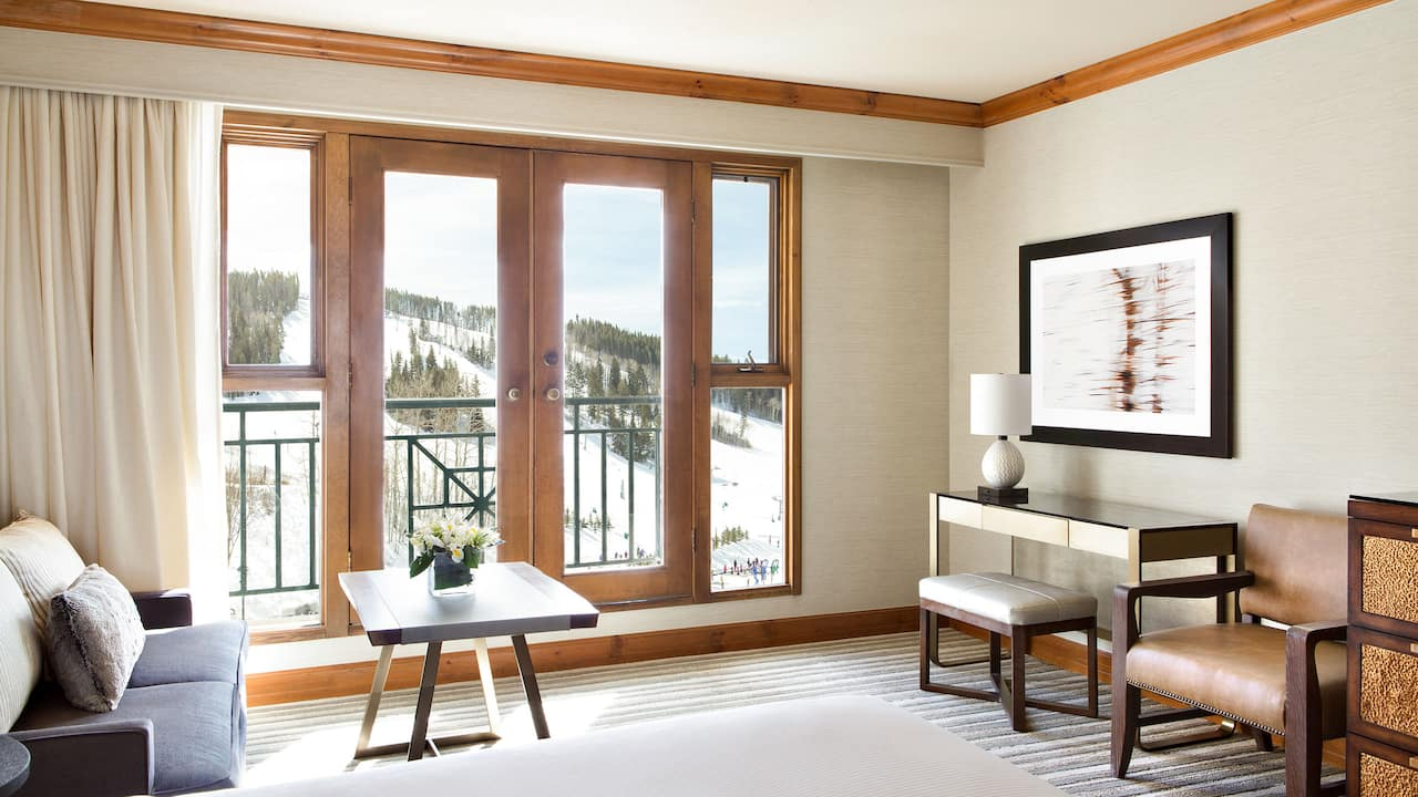 Park Hyatt Beaver Creek Slopeside View Guestroom