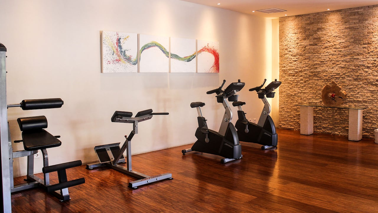 Bay Club Gym at Grand Hyatt Bali
