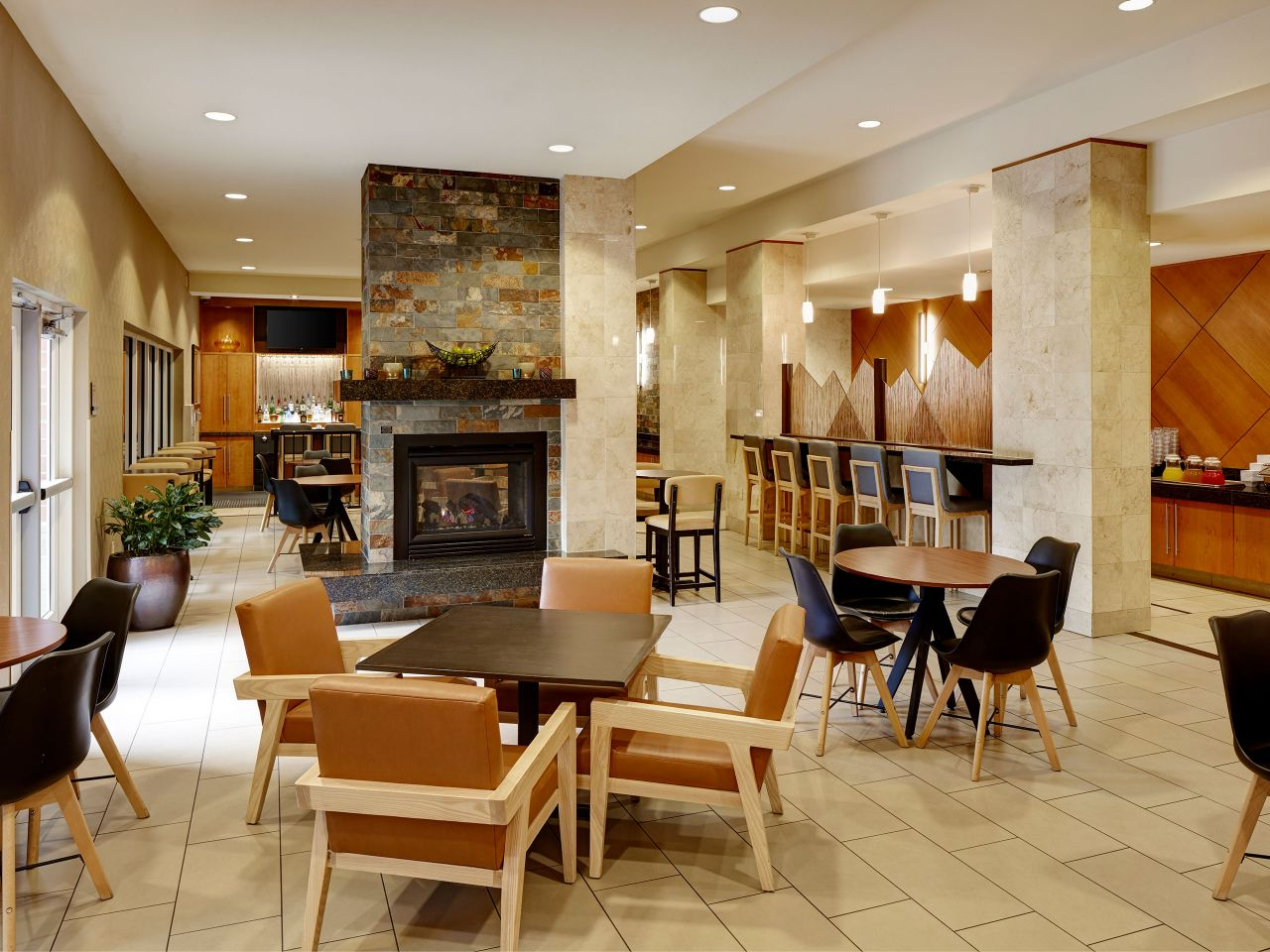 Hyatt House bistro seating