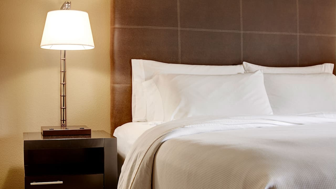 Bellevue Hotel with Comfortable Beds – Hyatt House Seattle/Bellevue