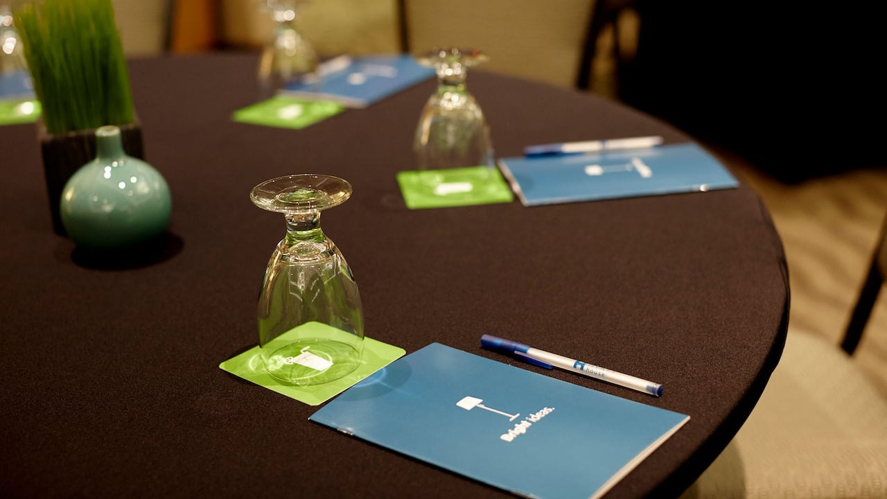 Meeting Room Details - Hyatt House Seattle/Bellevue