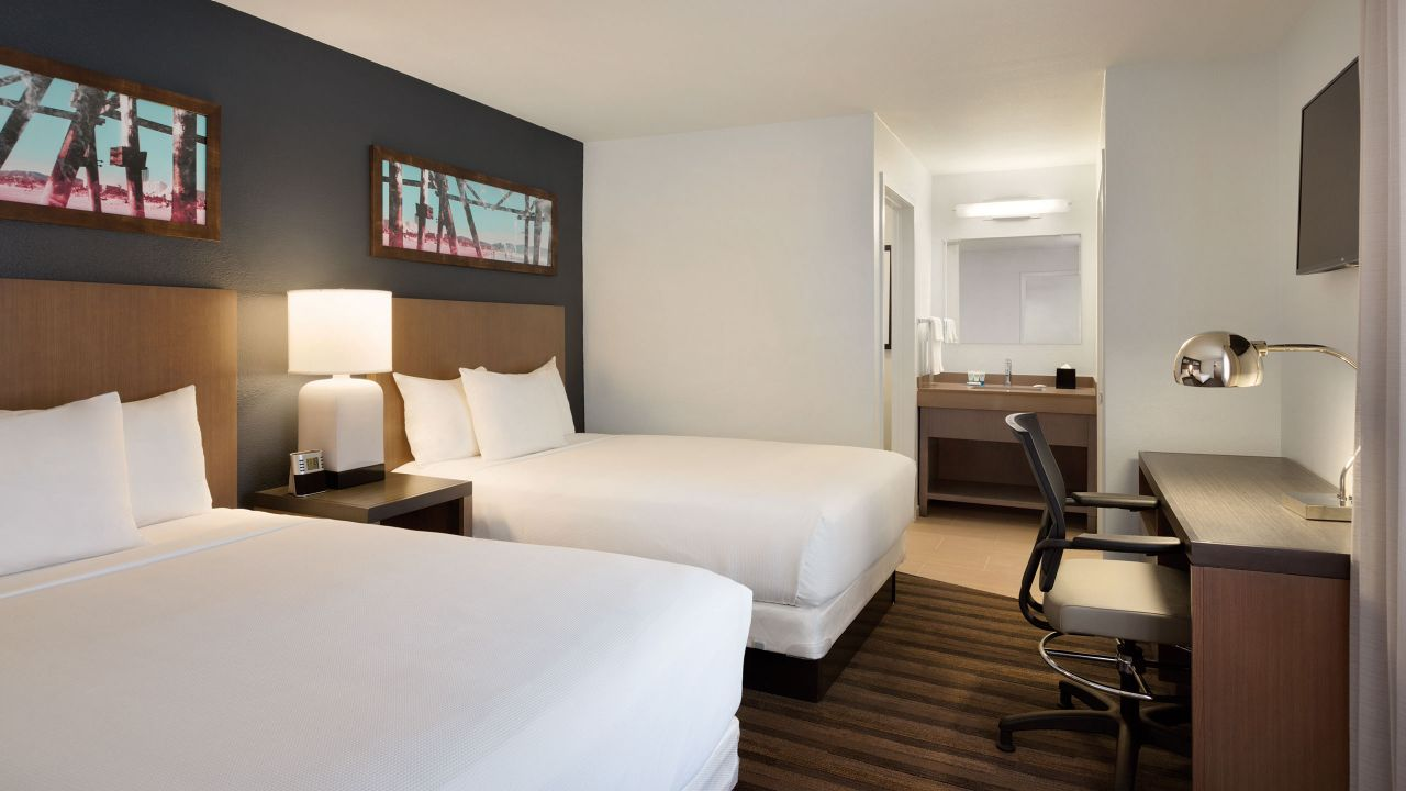 Spacious double bed suite at the Hyatt House Miami Airport