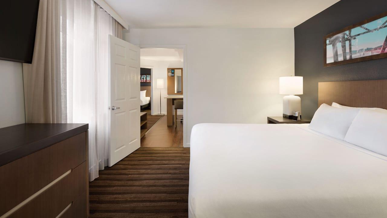 2 Bedroom King Suite