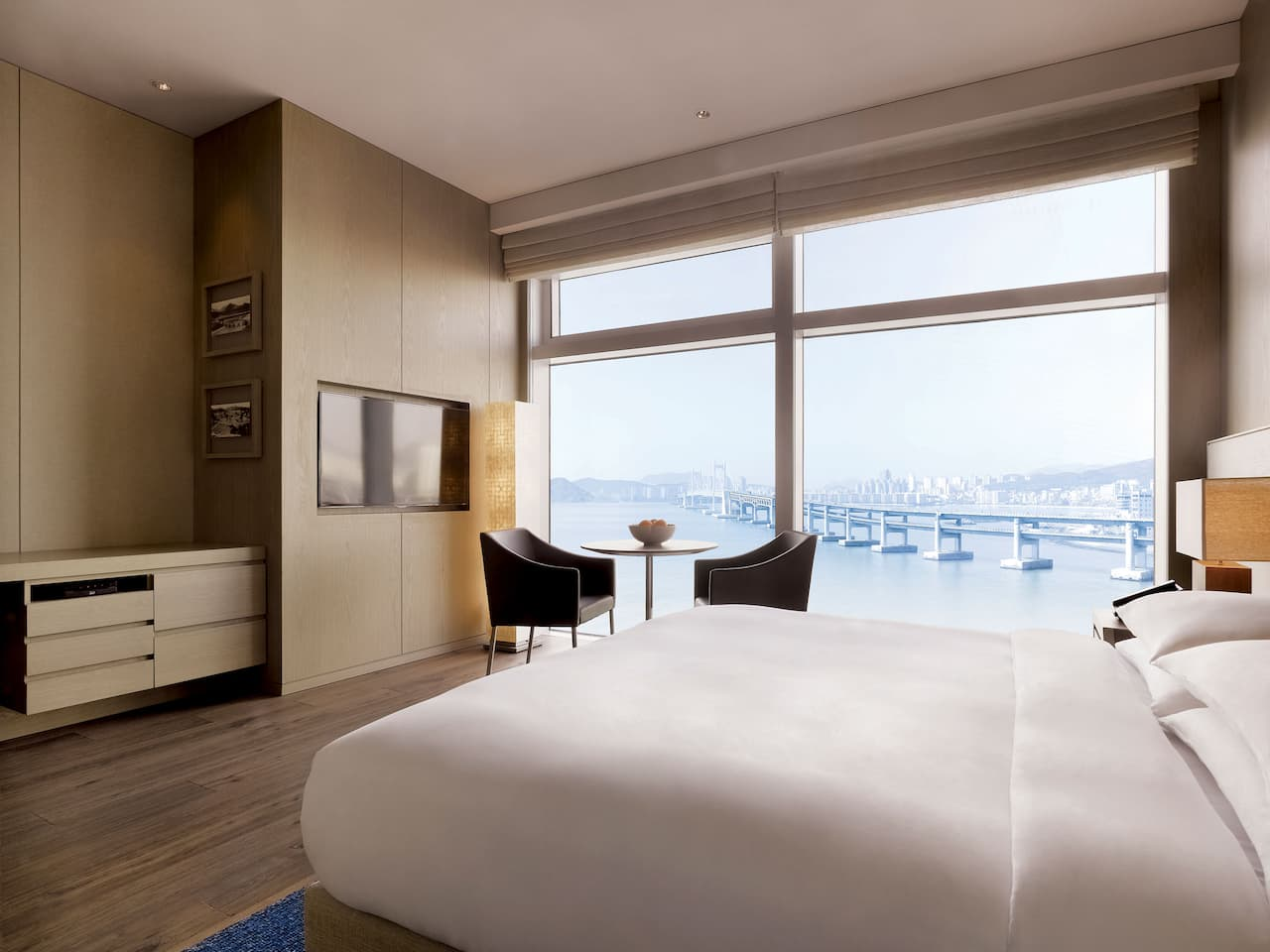Busan Hotel King Bed with Ocean View