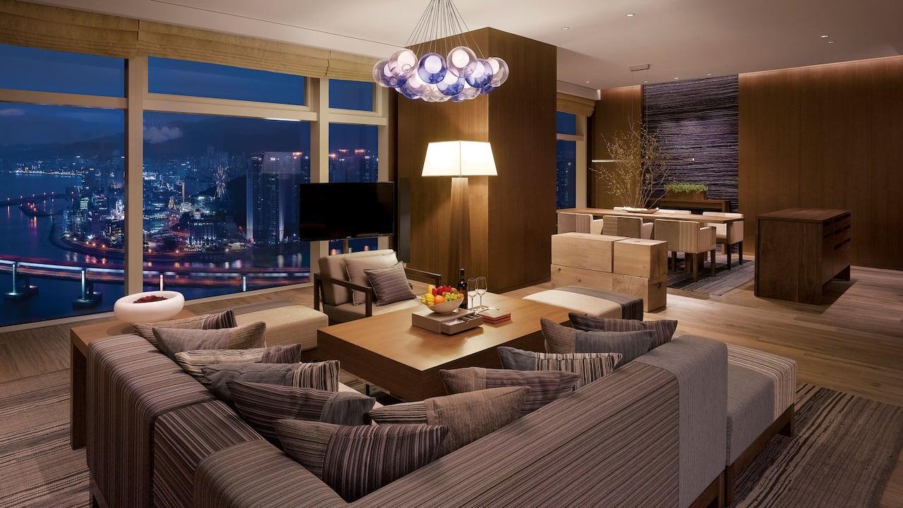 韩国釜山柏悦酒店外交官套房-特大床