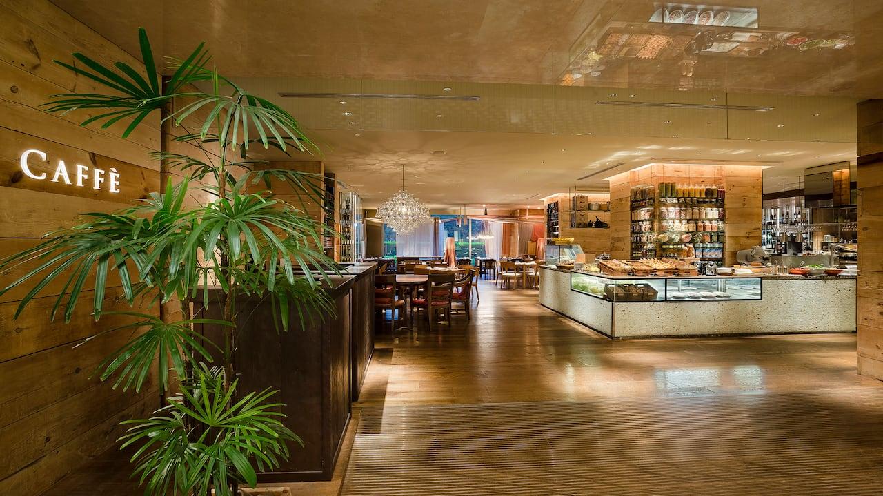Hotel Shops