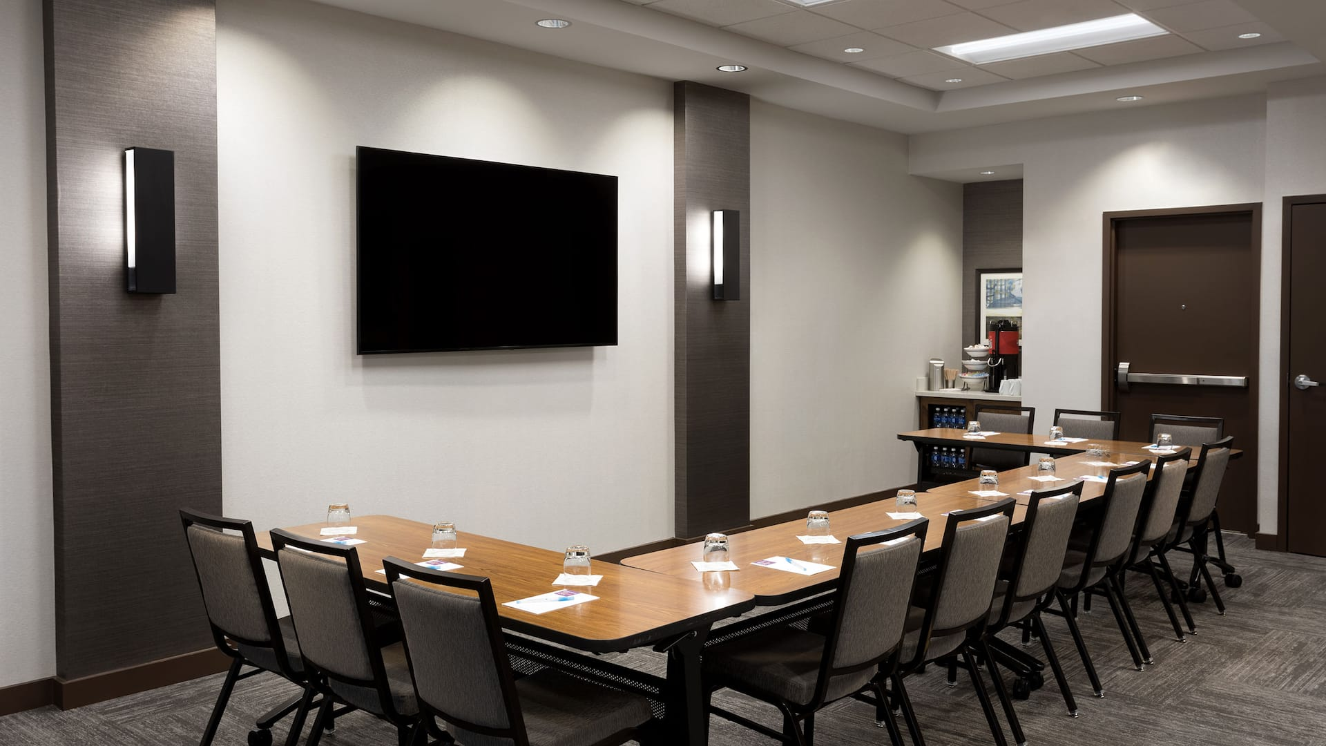 Classroom-style meeting space
