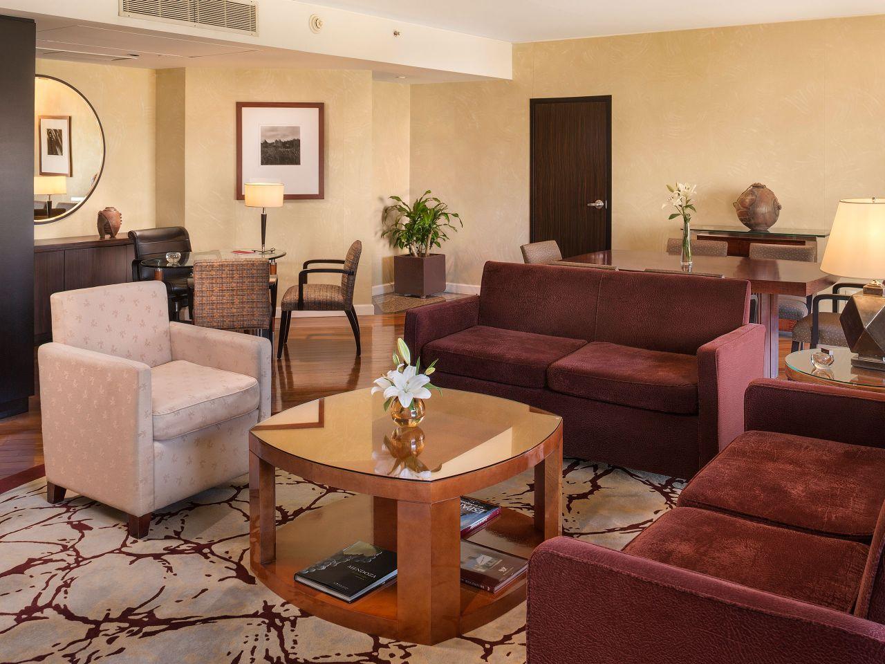 Living Room Park Suite