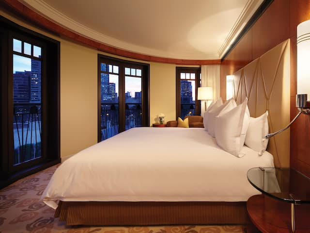 Park Hyatt Melbourne Bed with view