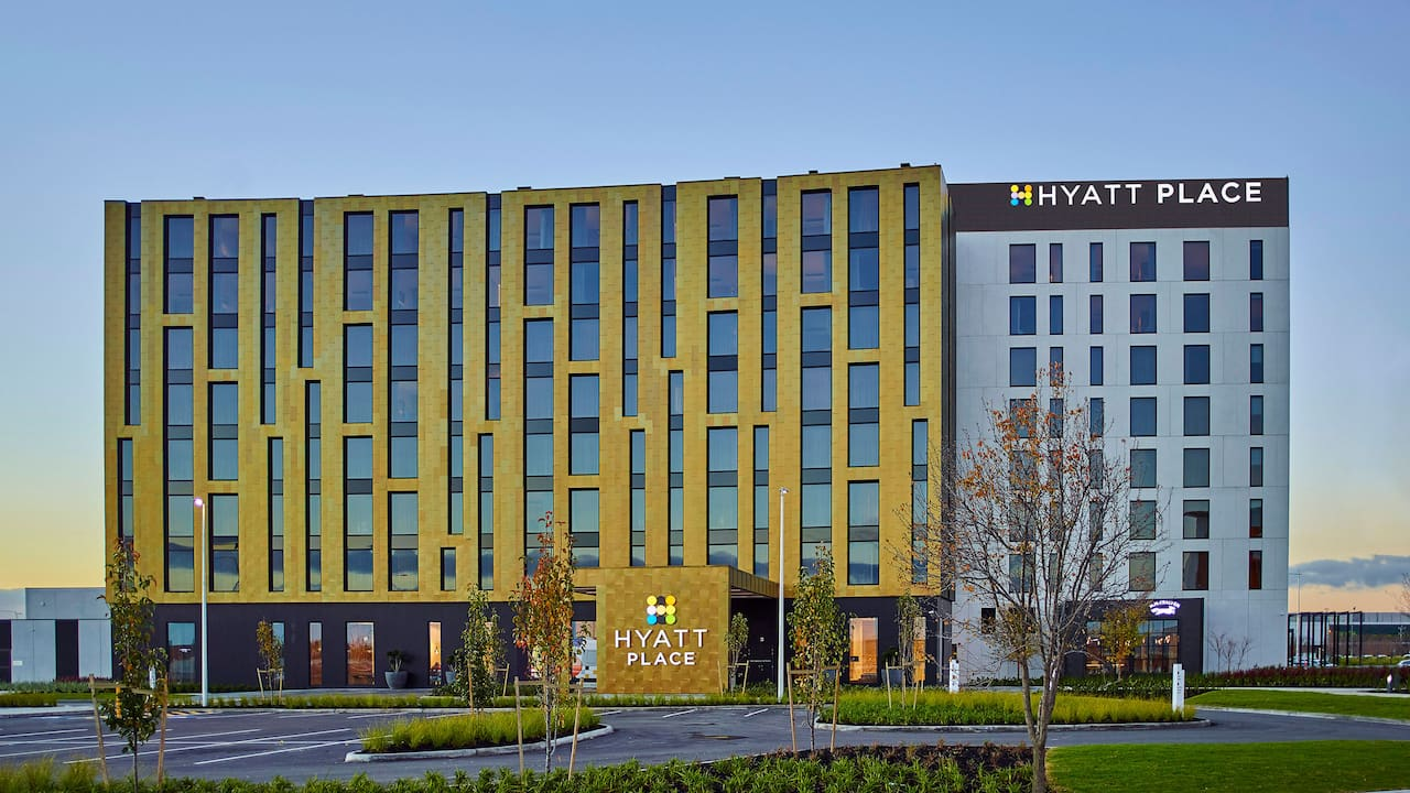 Hyatt Place Melbourne, Essendon Fields Exterior