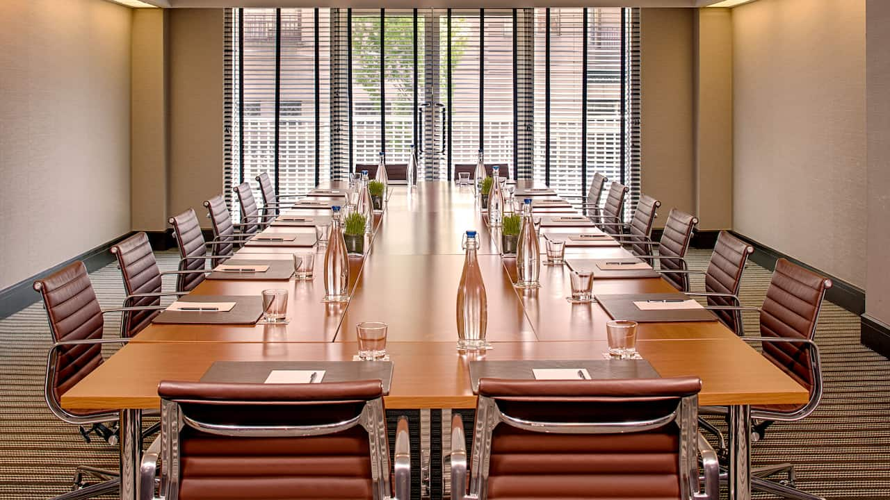 Green Park Boardroom Meeting Space in Washington, D.C.