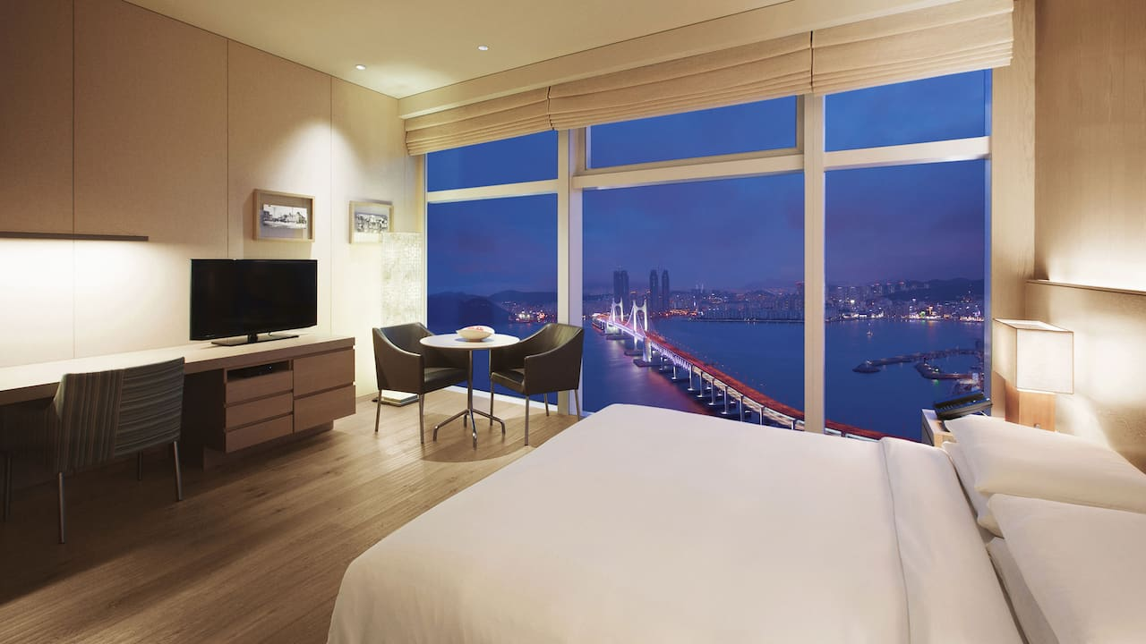 Busan Hotel King Bed with Ocean View on a High Floor