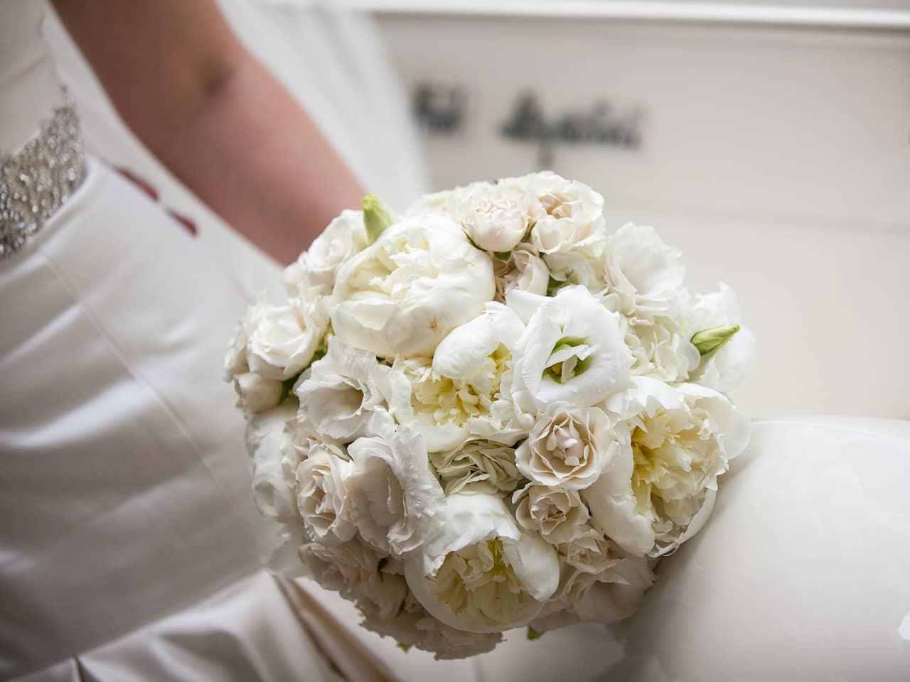 Wedding Bouquet at Hôtel du Louvre by Hyatt in Central Paris