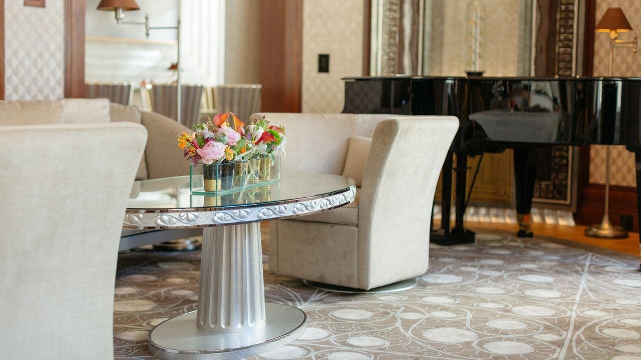 Presidential Suite Sofa