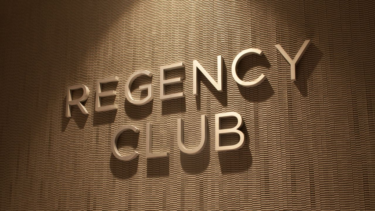 Regency Club sign