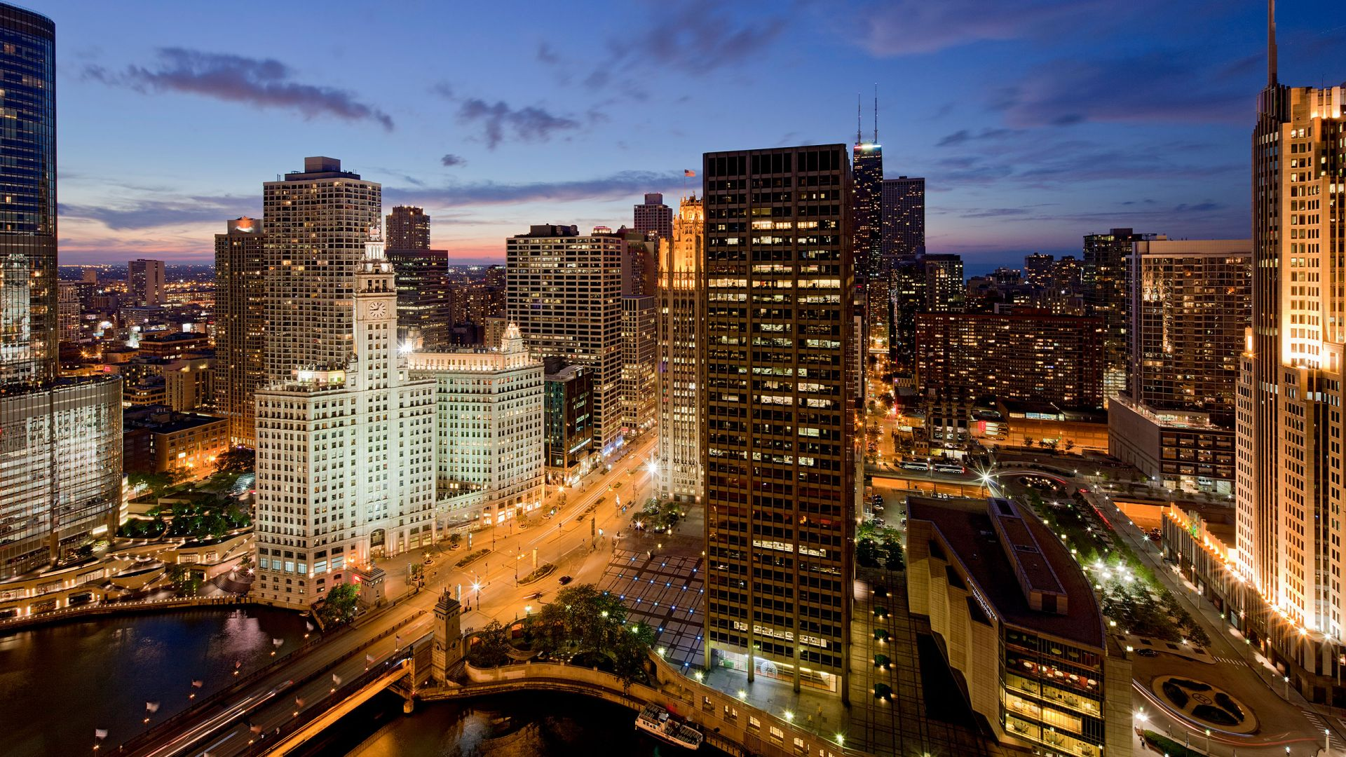 Hotels Near Chicago Il
